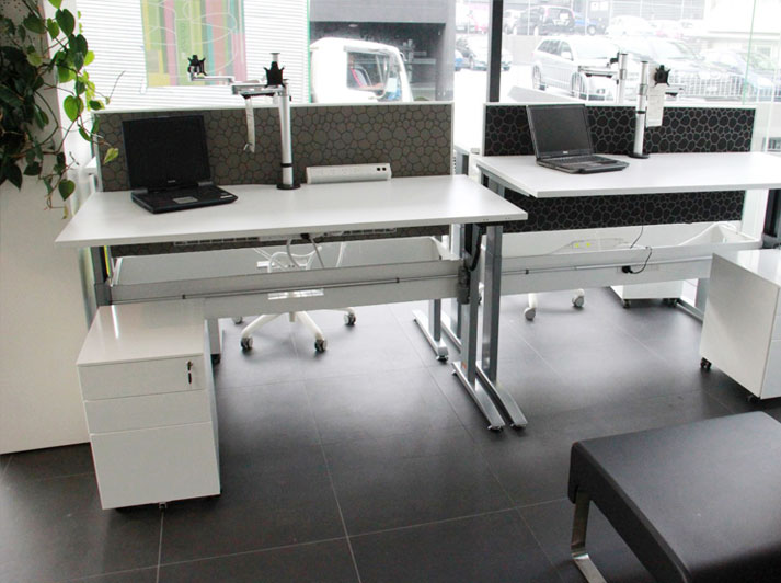 Stance Range Desks